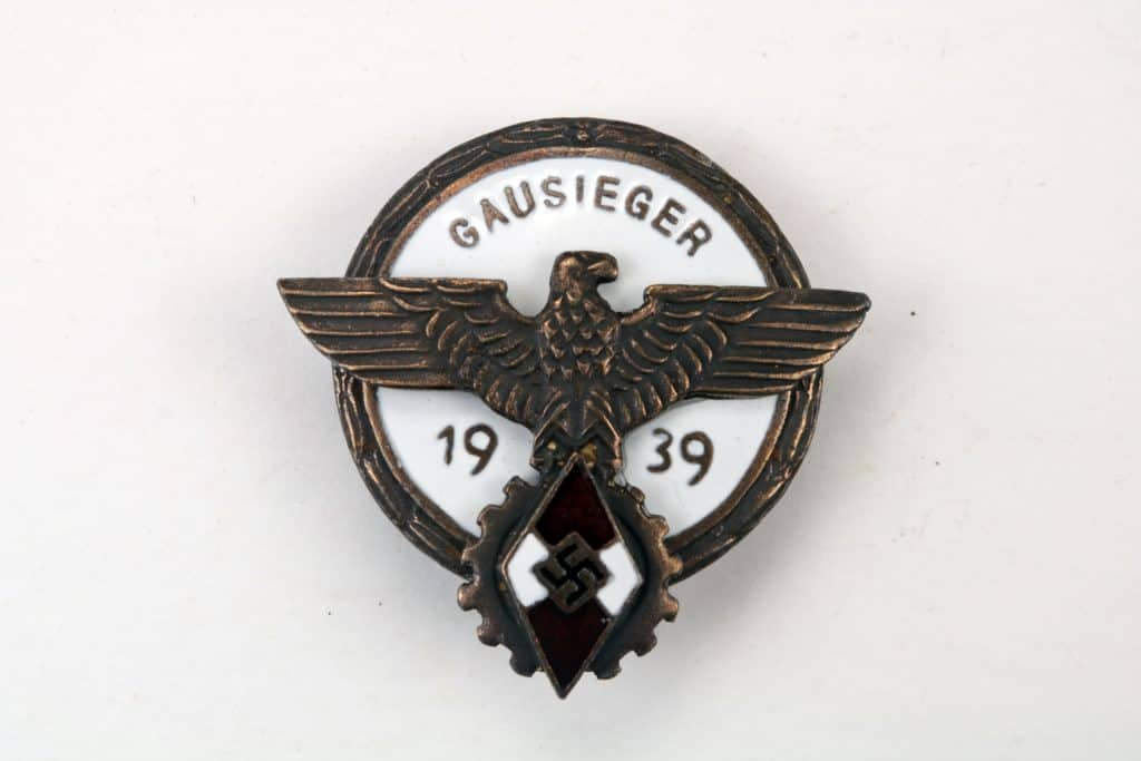 WW2 GERMAN HJ GAUSEIGER BADGE 1939 Victors Badge National Trade Competition