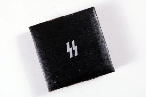 German SS silver sports badge case