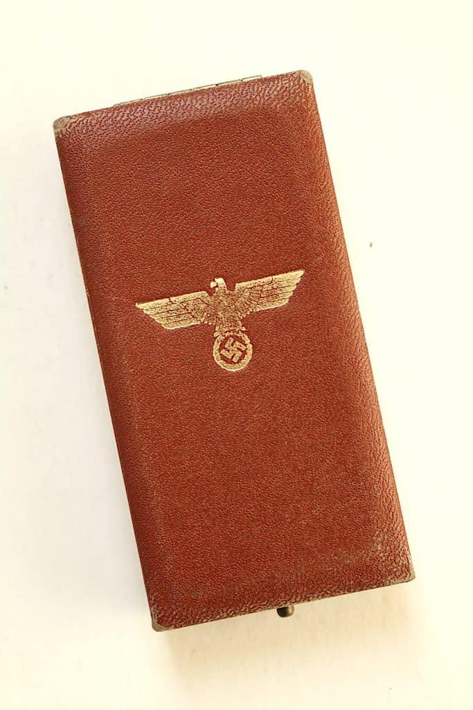 WW2 German Army 'Entry into SUDENTENLAND (CZECHESLOVAKIA)' Medal case