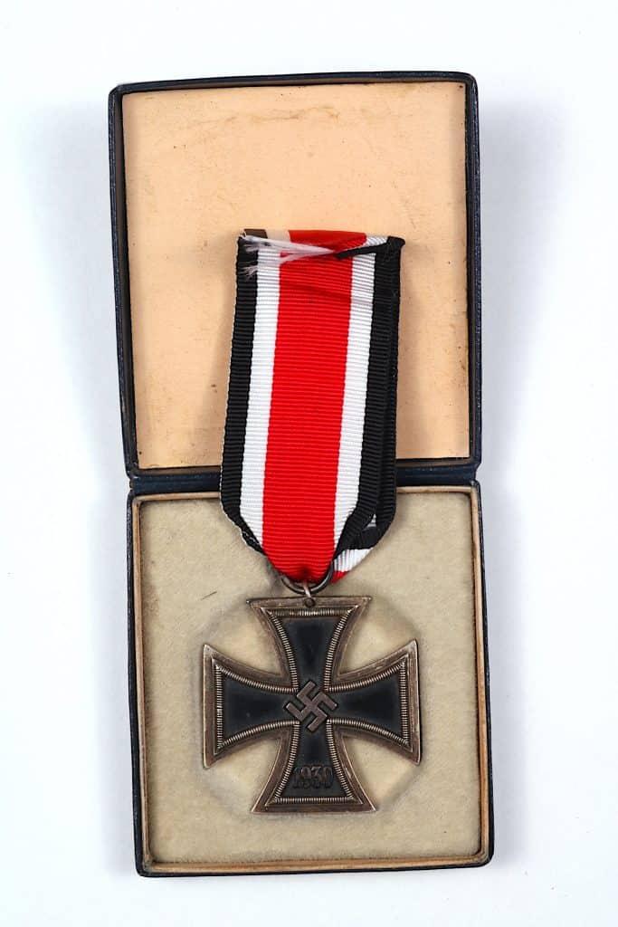 WW2 German EK2 Iron Cross 2nd Class with LDO presentation case Original