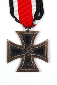 WW2 German medals 1939 EK2 iron cross case