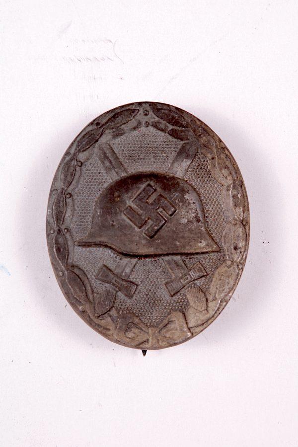 WW2 German silver wound badge L/11